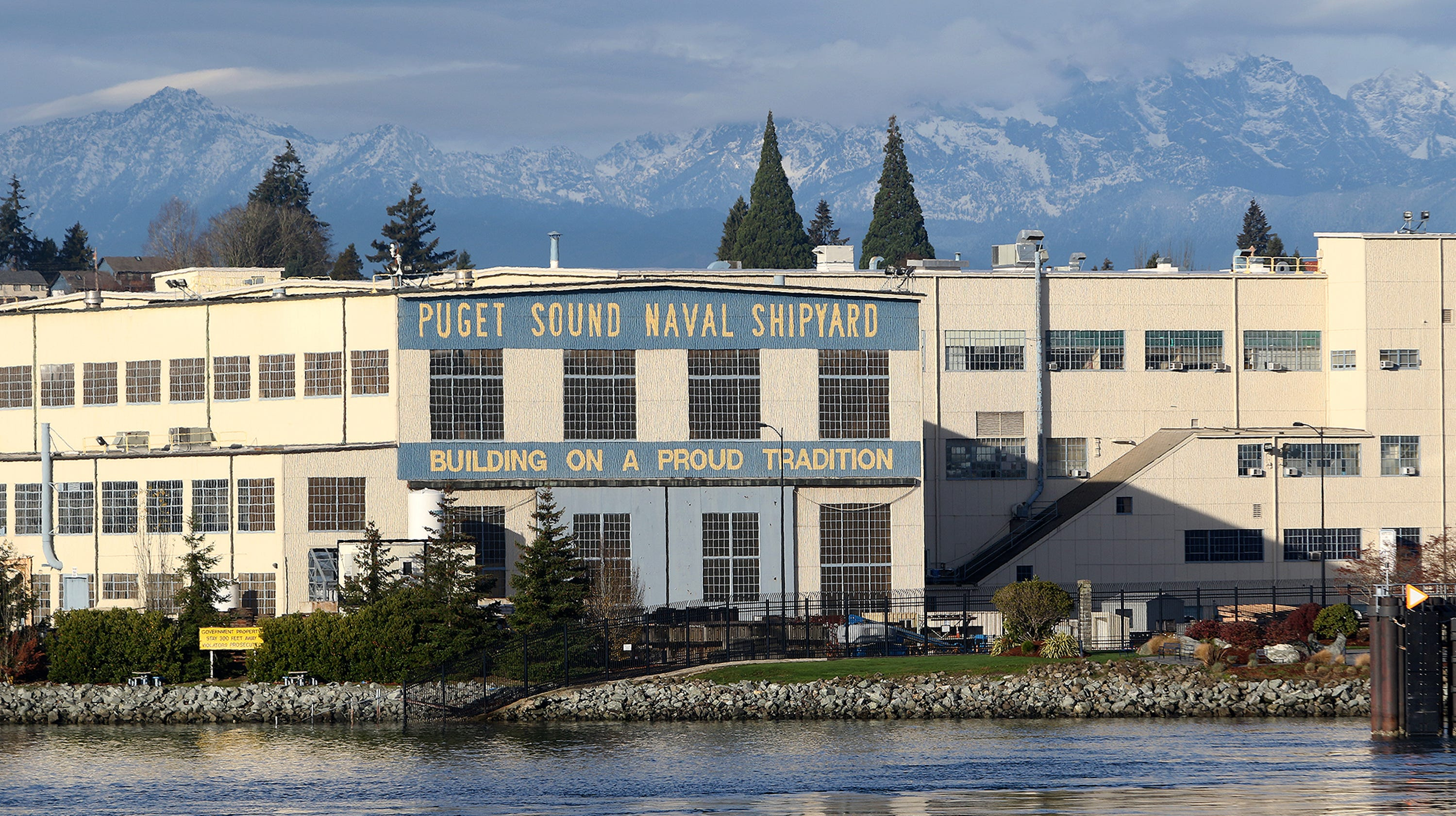 Bremerton calls on Navy to curb saltwater entering city's