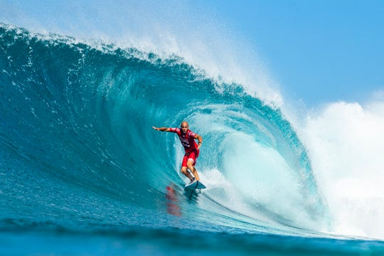Cocoa Beach's Kelly Slater is eliminated from the 2018 Billabong Pipe Masters with an equal 3rd finish after placing second in semifinal heat 2 at Pipeline, Oahu, Hawaii.