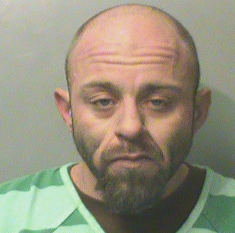 Police: Des Moines man set family's house on fire, stole father's truck to flee scene