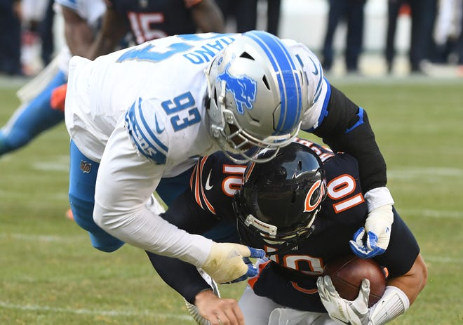 The Lions placed rookie defensive lineman Da'Shawn Hand on injured reserve Tuesday, ending his season.