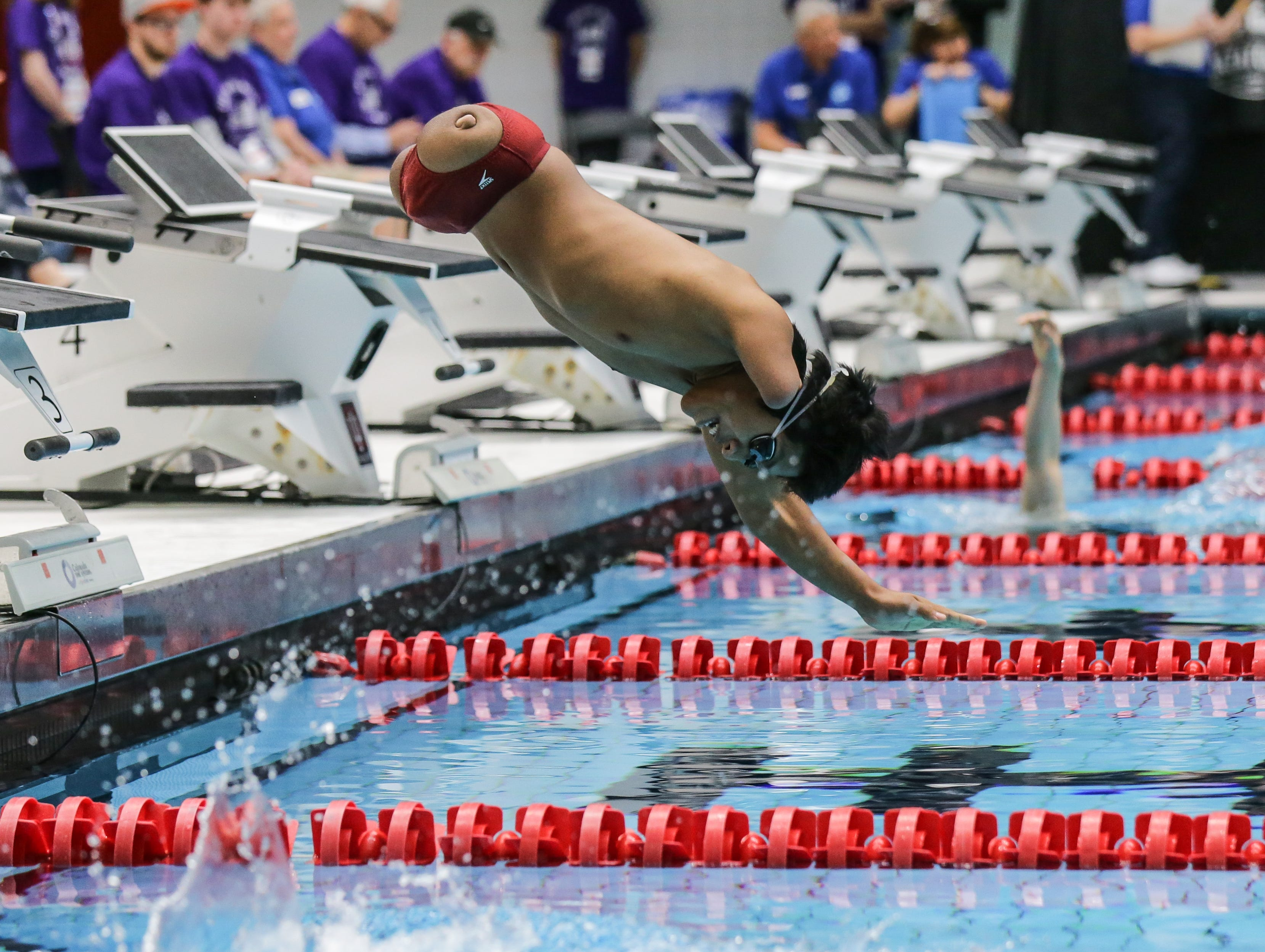 Gabe Marsh competes in the Men's 200 LC Meter Freestyle Multi-Class during the Indianapolis 2018 World Para-Swimming World Finals held at the IUPUI Natatorium on Thursday, April 19, 2018.