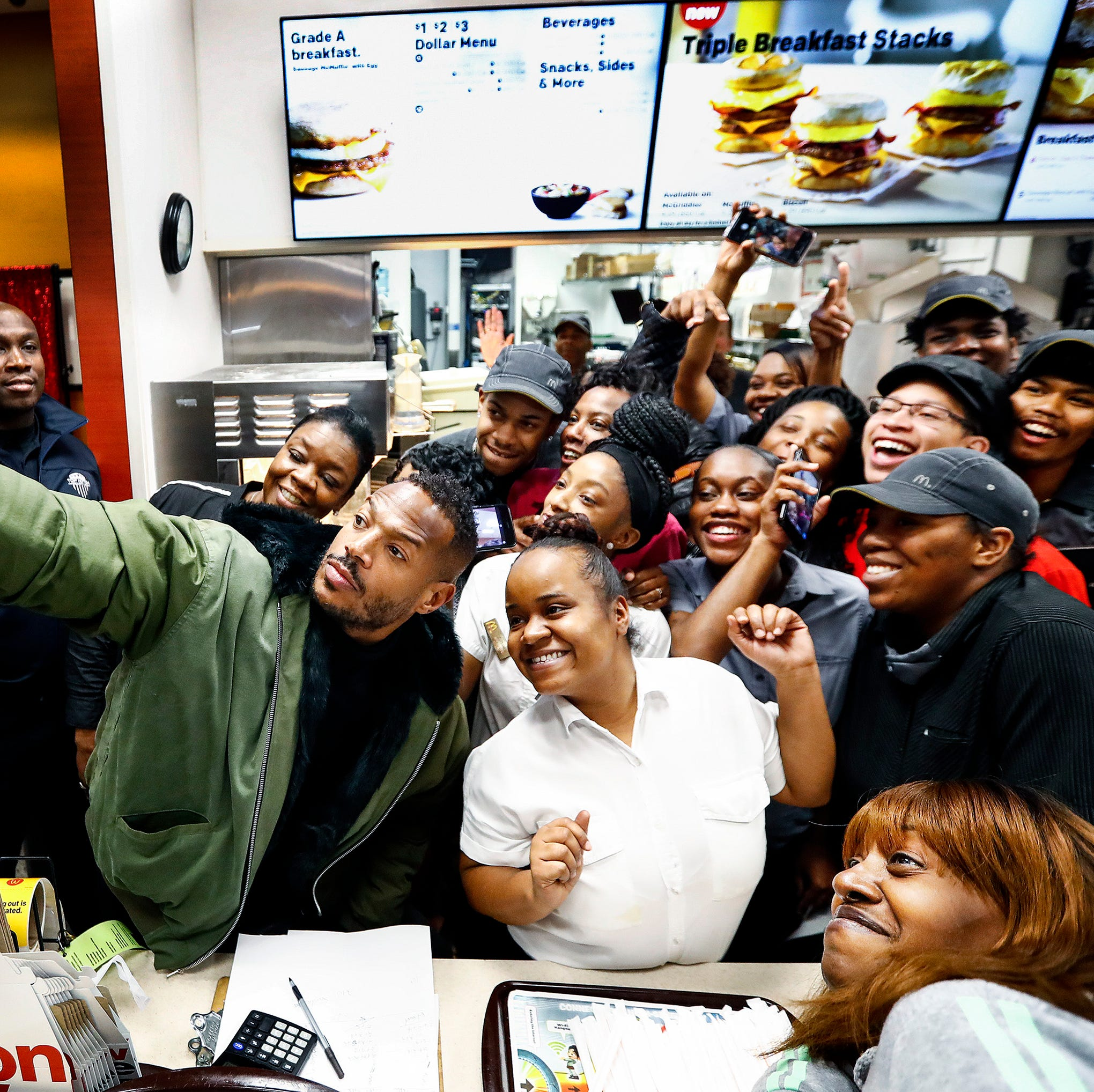Marlon Wayans helps spread Christmas cheer during Whitehaven stop