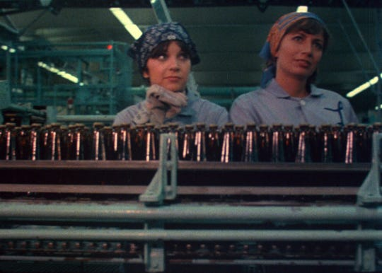 "Penny Marshall (right) and Cindy Williams daydream on the bottling line at a fictional Milwaukee brewery in the opening credits of TV's ""Laverne & Shirley."""