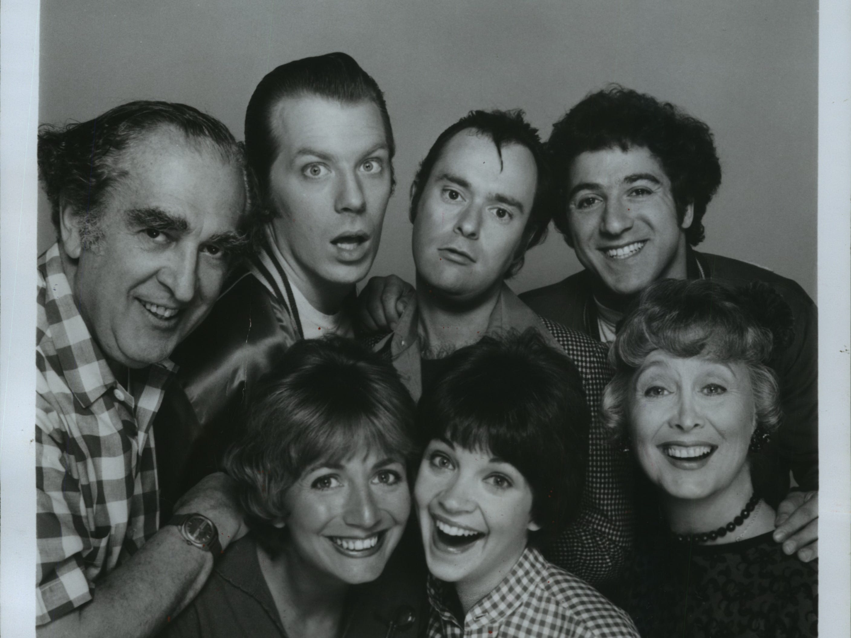 """The cast of the ABC Television Network's hit comedy series, """"Laverne & Shirley"""" was headed by Penny Marshall (left center) and Cindy Williams (center right). The story of two young women working in a Milwaukee beer factory in the late 1950s also starred (from left) Phil Foster as Laverne's dad, Frank De Fazio; Michael McKean and David L. Lander as the girl's zany friends Lenny and Squiggy; Eddie Mekka as Carmine Ragusa, and Betty Garrett as their landlady."""