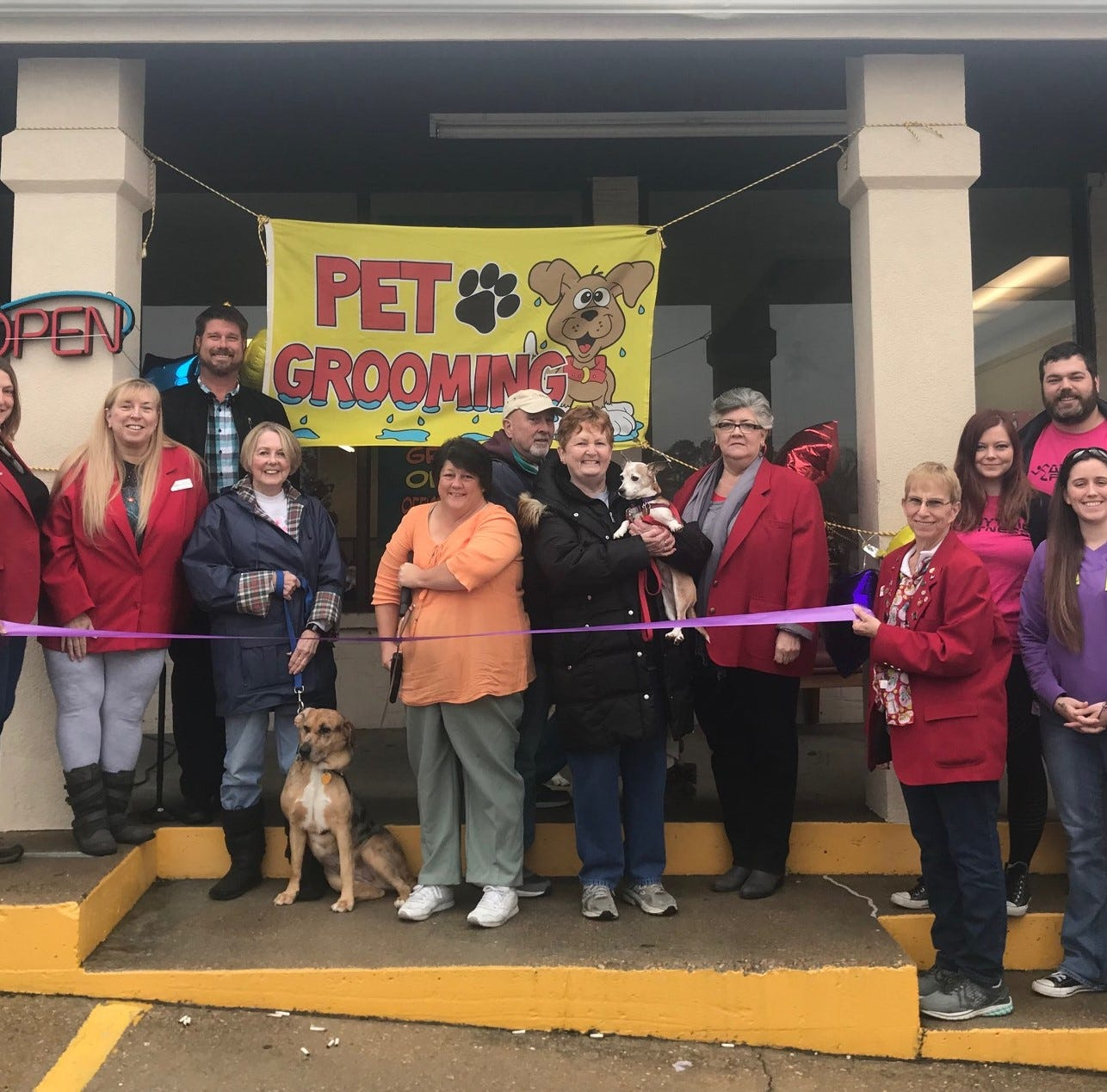 Chamber cuts ribbon for In the Company of Dogs