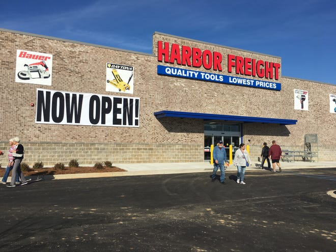 Harbor Freight opened its Prattville location on Tuesday.