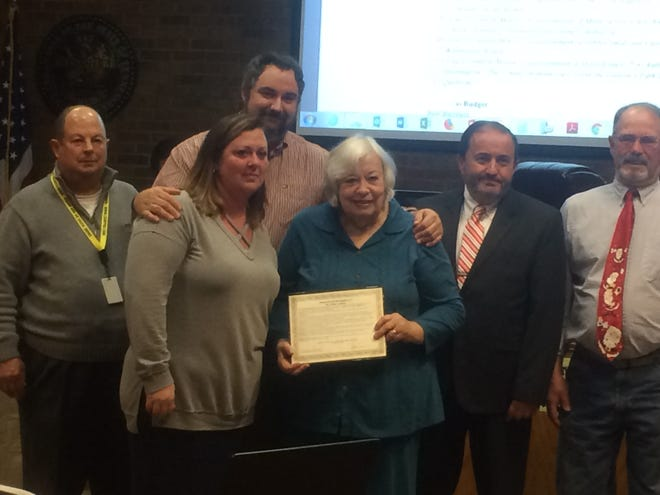 Cheatham County elected officials remembered Mike Lockert, a longtime Cheatham County resident and educator, who died Nov. 13, 2017. Cheatham County Mayor Kerry McCarver presented Lockert's family with the recognition at the Cheatham County Commission meeting Monday, Dec. 17.