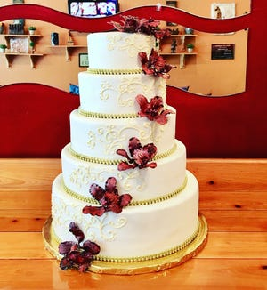 Gustitos Peruvian Bakery & Cafe is giving free cake slices to the first 400 people to visit the local business from 9 a.m. to 5 p.m. Saturday, Dec. 22, in Bed Bath & Beyond Plaza on the northwest corner of Airport-Pulling and Pine Ridge roads in North Naples.