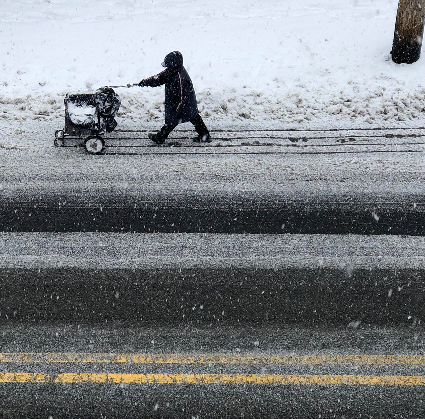 North Jersey preps for the snowstorm, but the rest of the state seems spared