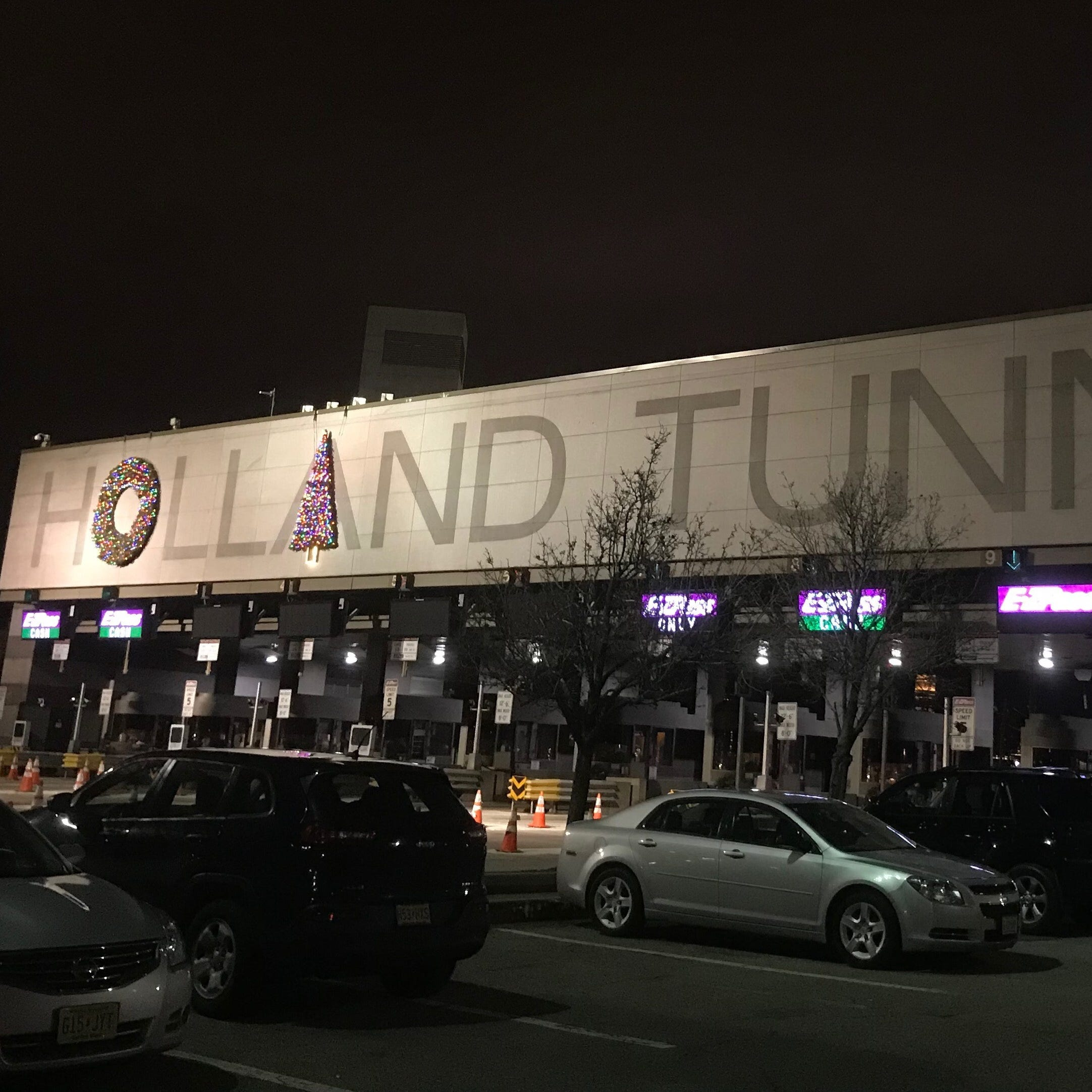 Holland Tunnel wreaths moved after complaints