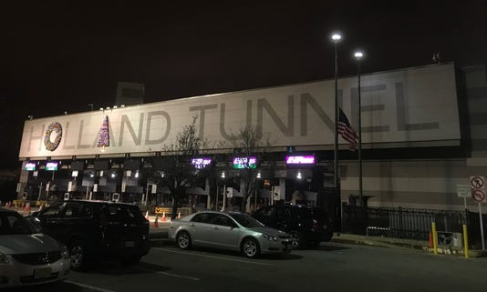Hollandtunnel1 Jpg