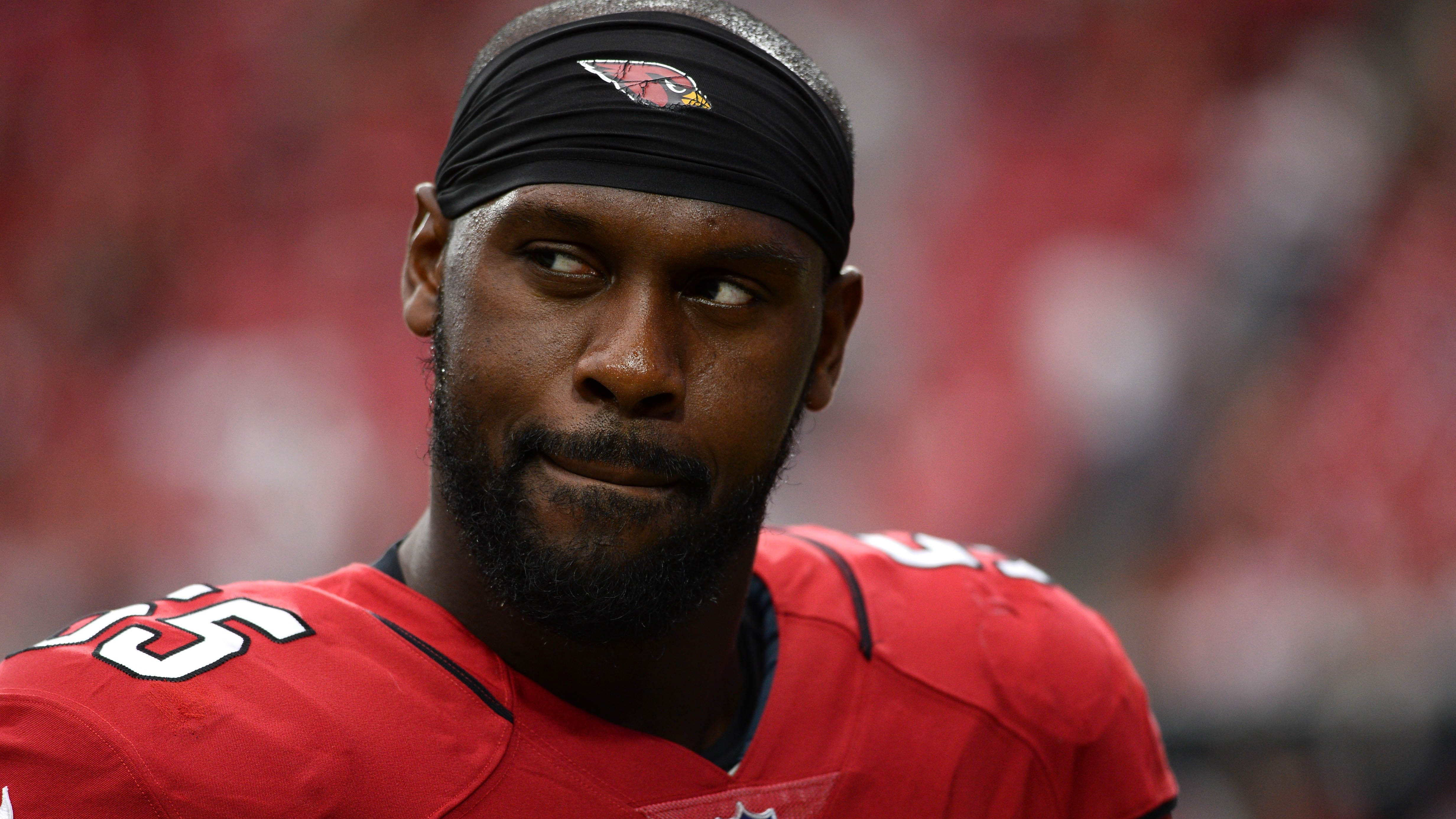 1da65f56-214b-4f08-8ffb-655d38f9a389-chandler_jones