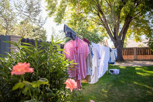 Airbnb Slideshow 3 Clothesline