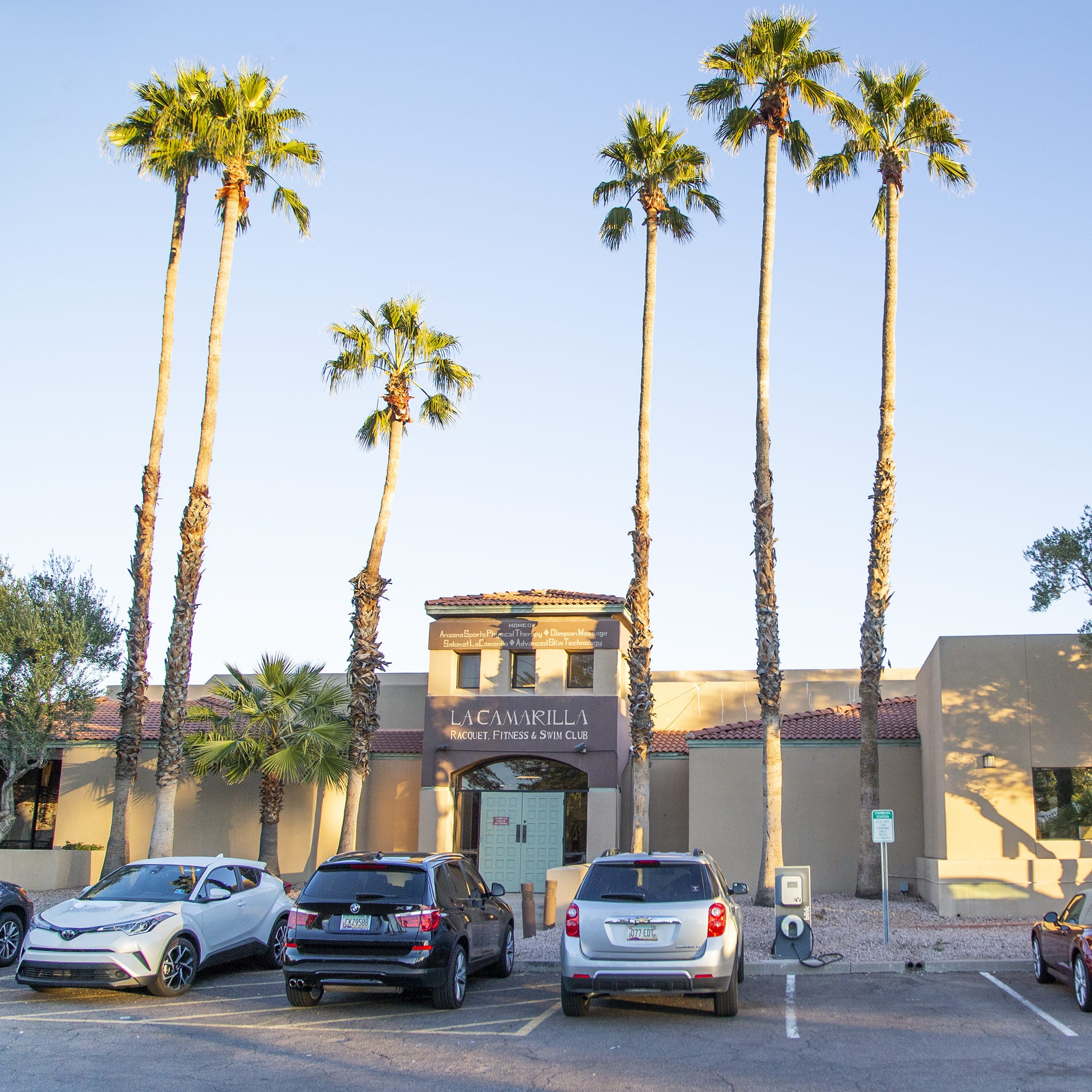 Scottsdale's La Camarilla to be razed for new Mountainside gym