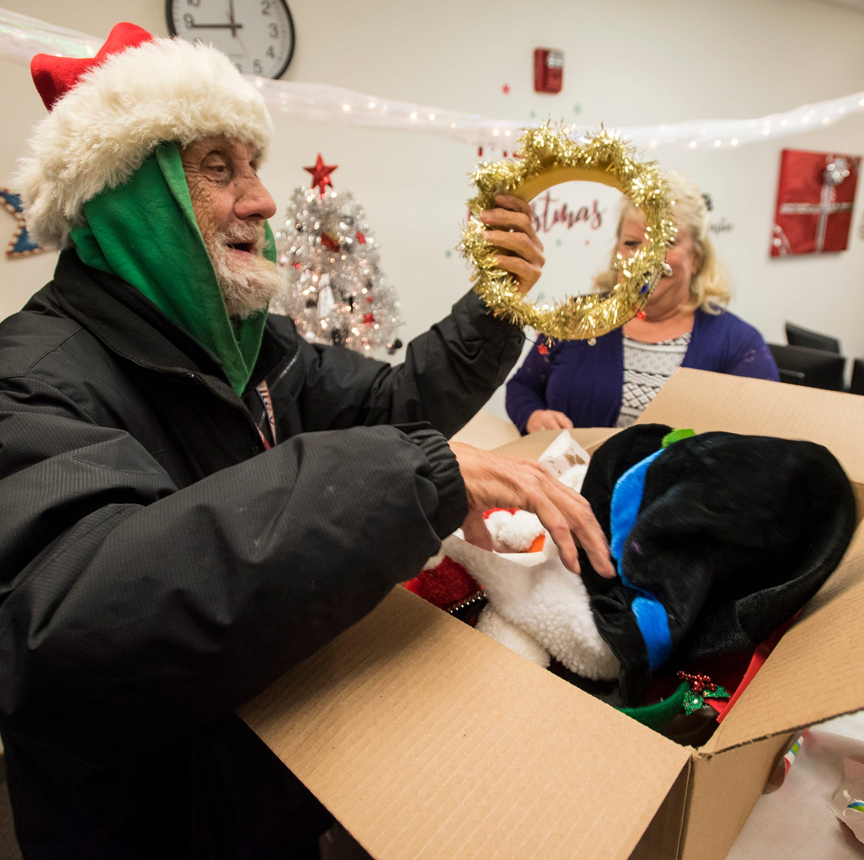 Port Huron's 'Spoonman' gets an early Christmas present