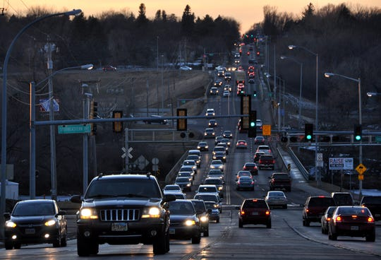 Afternoon traffic along 26th Street at the intersections of I-229 and Southeastern Avenue. Construction will drastically alter traffic patterns over the next few years.