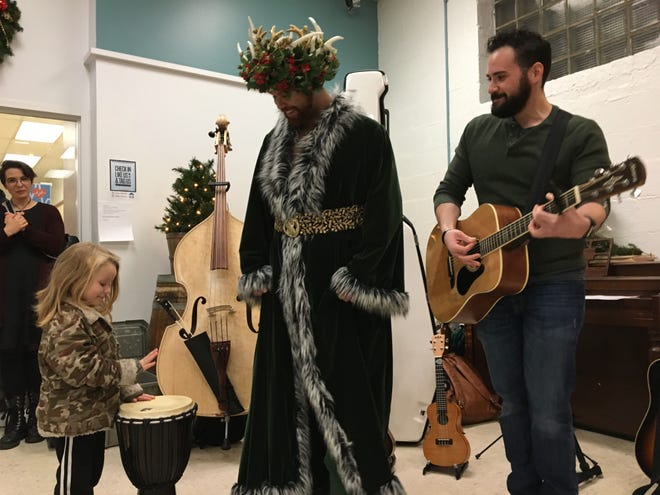 American Shakespeare Center actors and musicians bring the spirit of Christmas to the Valley Mission homeless shelter on Monday, December 17, 2018.
