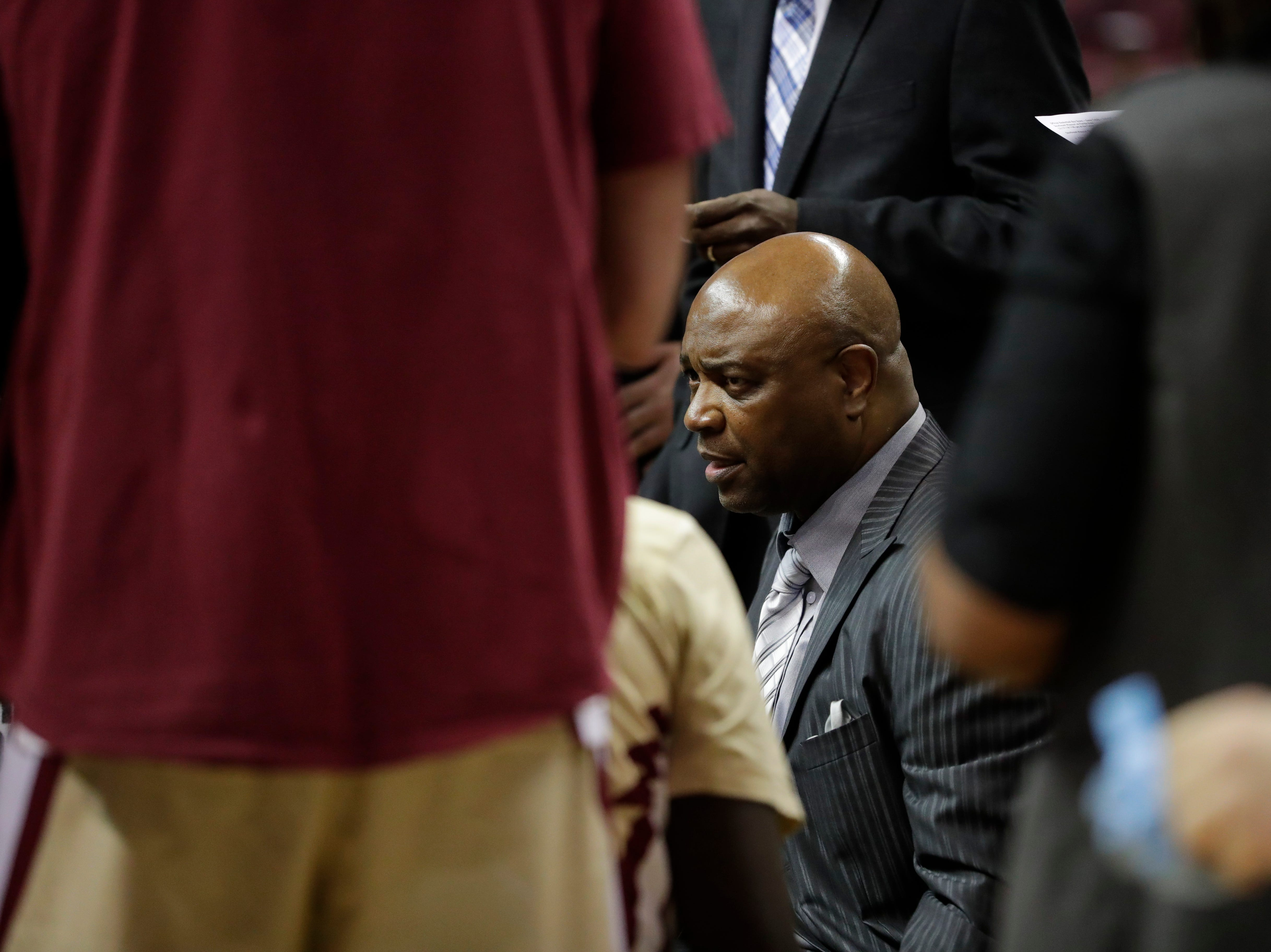 Florida State Seminoles head coach Leonard Hamilton talks with his team during a timeout during a game between Florida State University and Southeast Missouri State University at the Donald L. Tucker Civic Center Monday, Dec. 17, 2018.