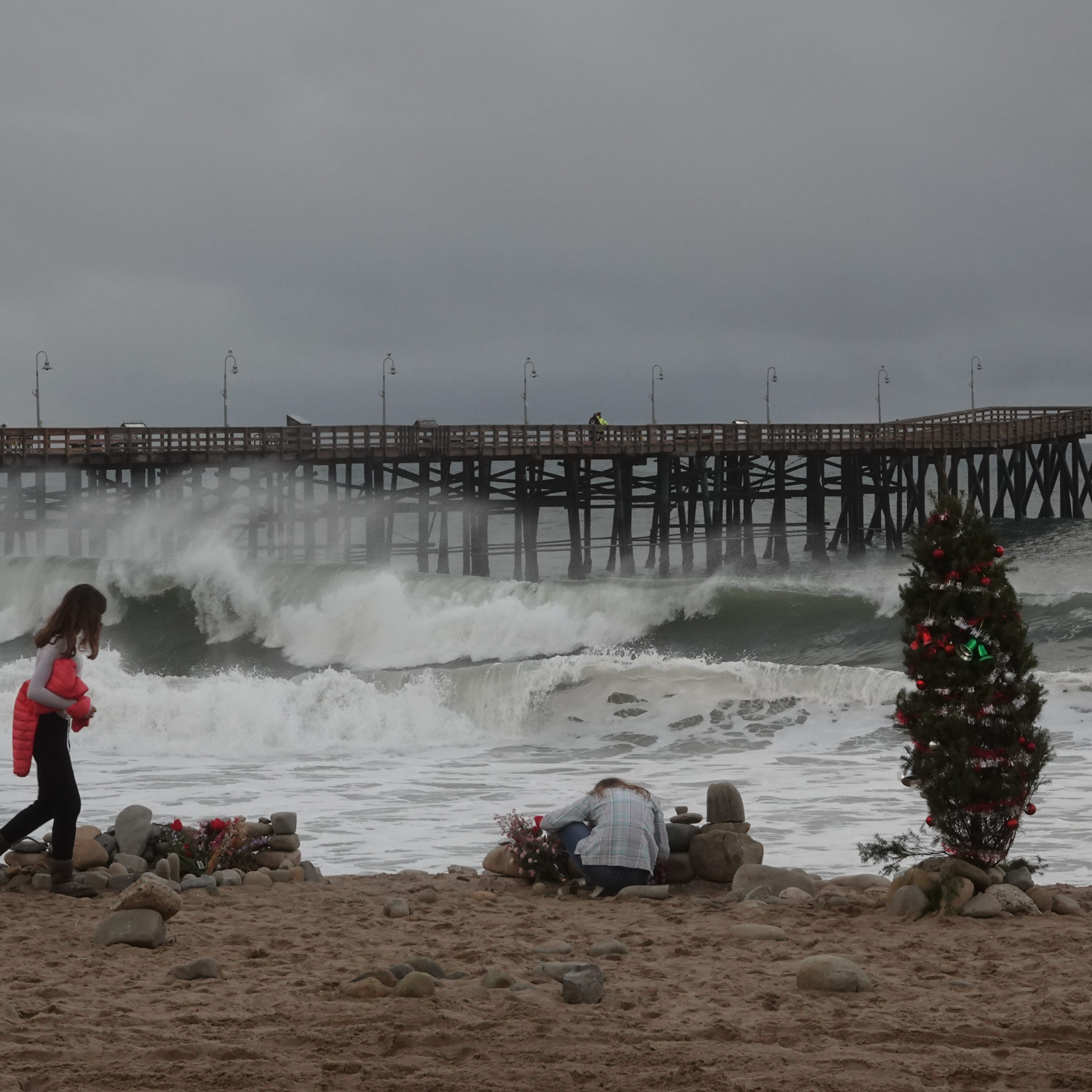Ventura Pier to remain closed after giant waves cause damage; no timetable to reopen