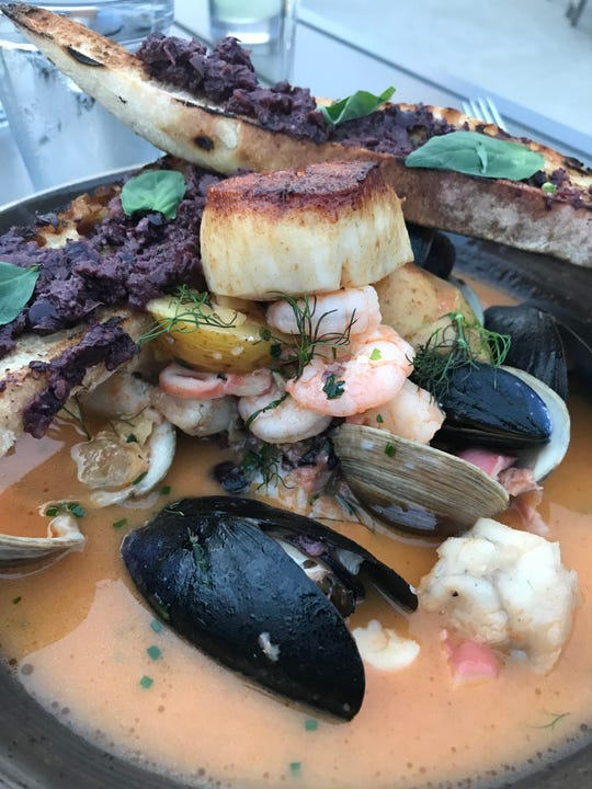 Fisherman's Stew at Fin & Brew in Peekskill. Photographed August 2018.
