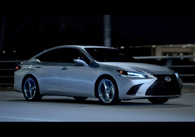 12 Best Luxury Midsize Cars For The Money In 2019: Kelley Blue Book Best Buy Awards Of 2019