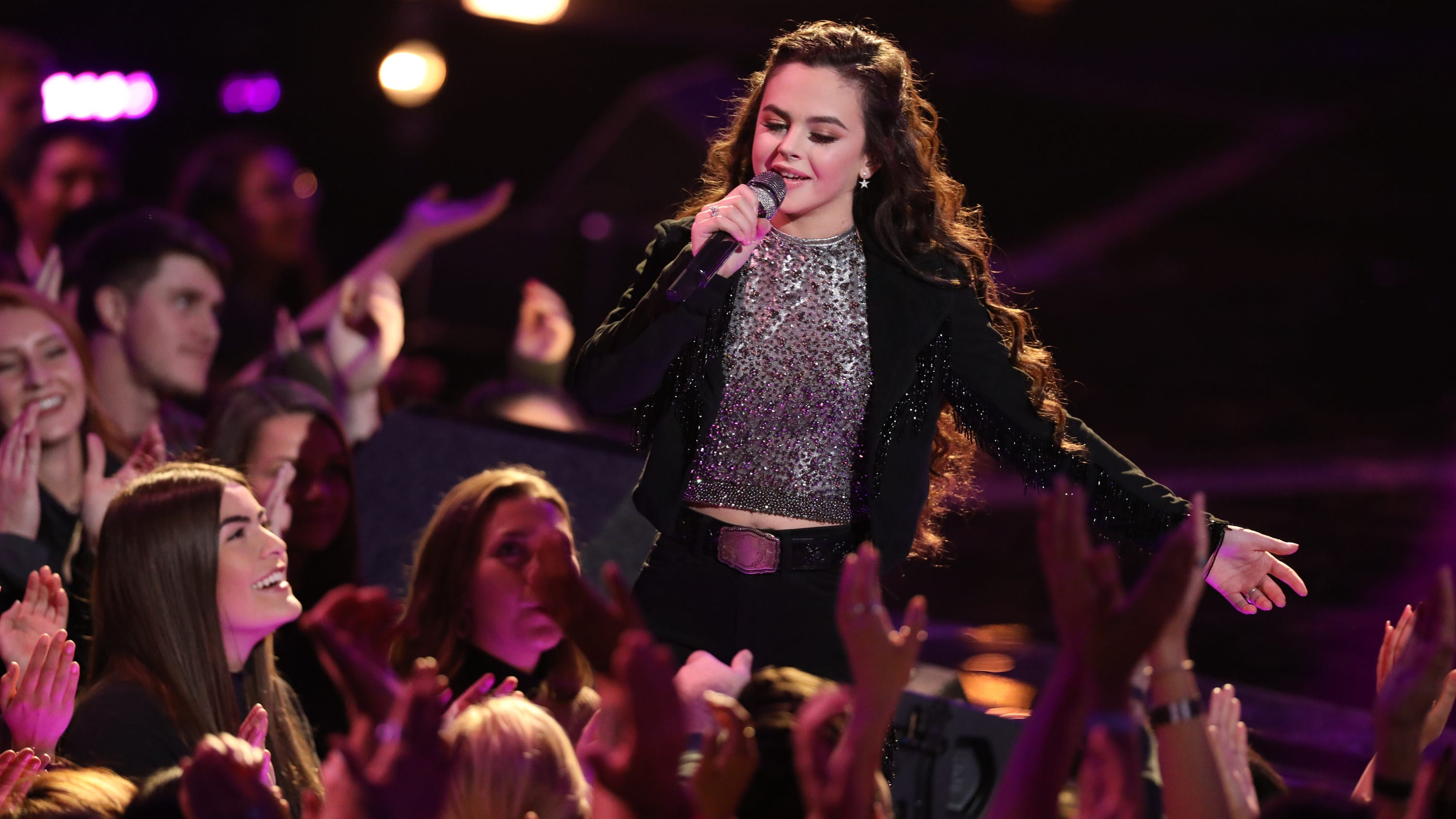 """New Mexico's Chevel Shepherd, 16, covered Tanya Tucker's """"It's a Little Too Late"""" for her opening number."""