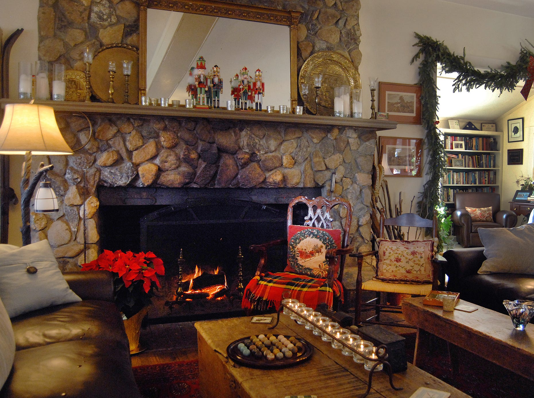 The inn's main room is tastefully decorated for Christmas.
