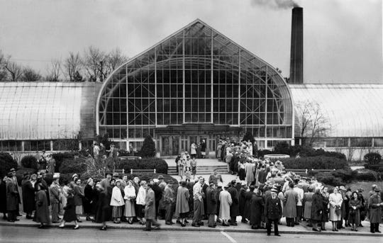 Hundreds of visitors streamed into the Krohn Conservatory on Easter Sunday in 1951.