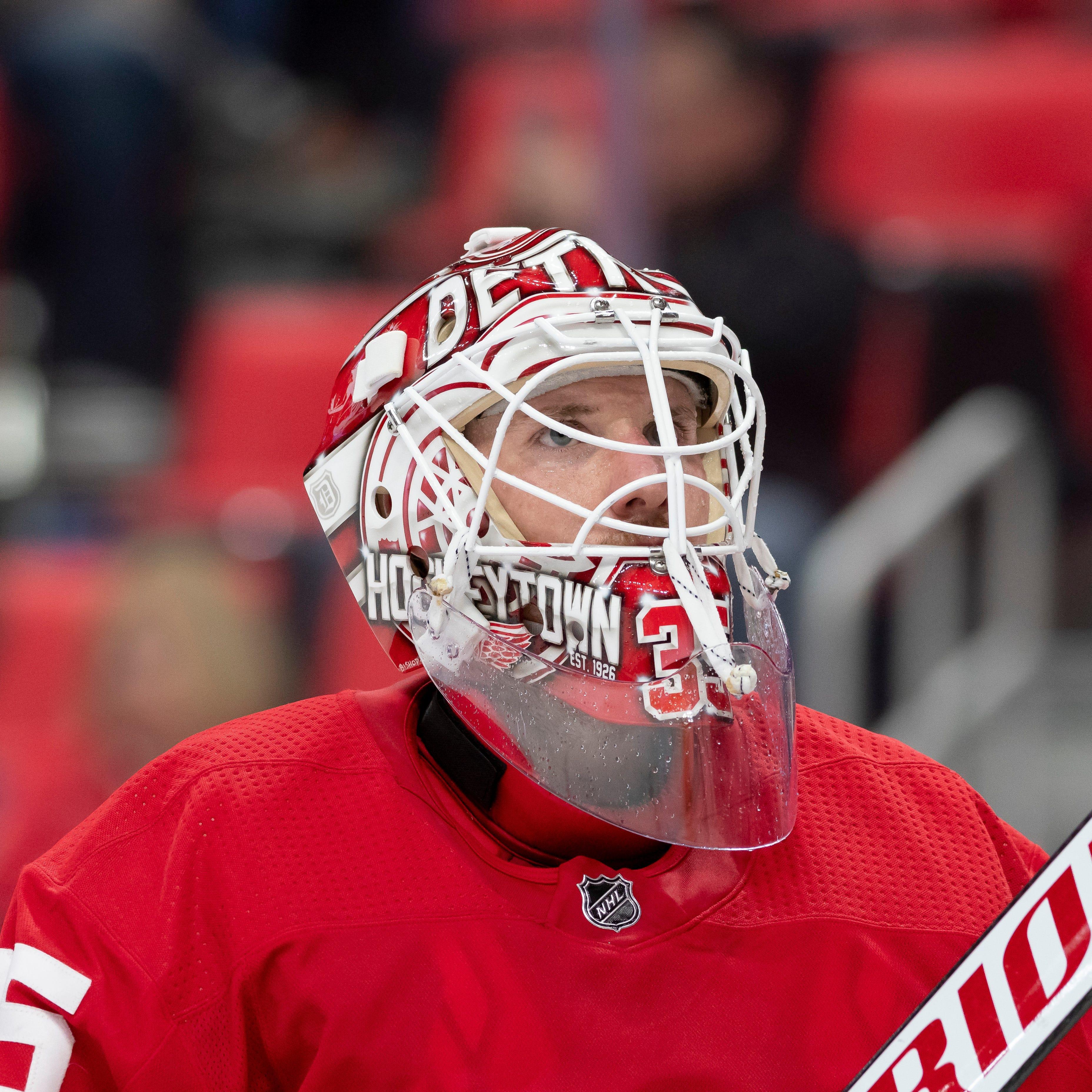 Red Wings' Howard injures back, Bernier gets start in Philadelphia