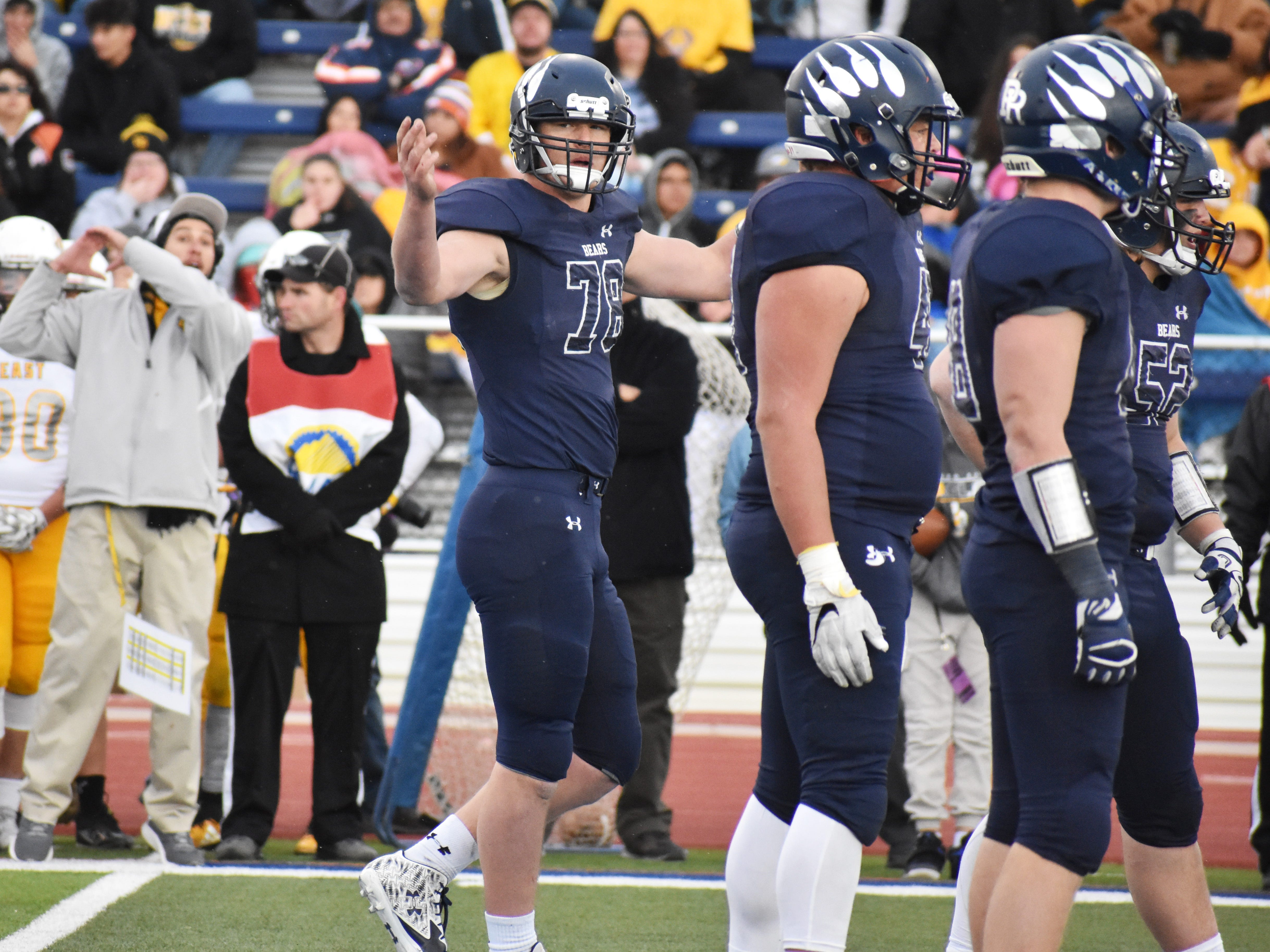 Palmer Ridge's Aidan Cullen (78) in the 3A state title game. The three-star defensive end helped Palmer Ridge win back-to-back titles.