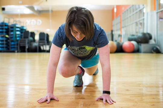 Mountain climbers increase flexibility and give a good cardio workout.