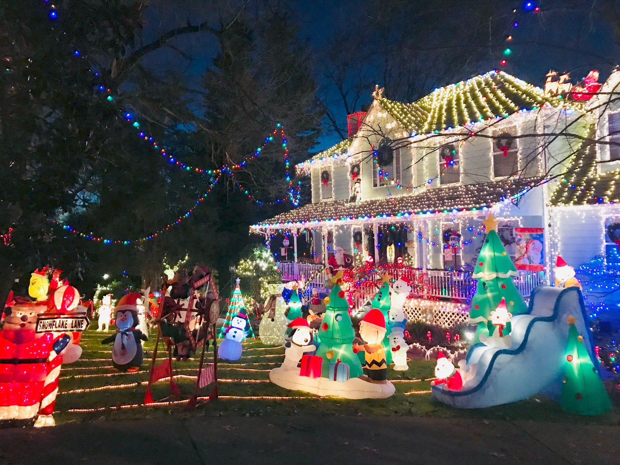 outdoor holiday lights easy christmas lights at maryville home 2018 21 east tennessee homes with outdoor holiday