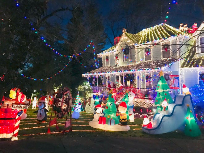 For Christmas 2018,  919 Broyles Avenue in Maryville is decked out in holiday lights and decorations.