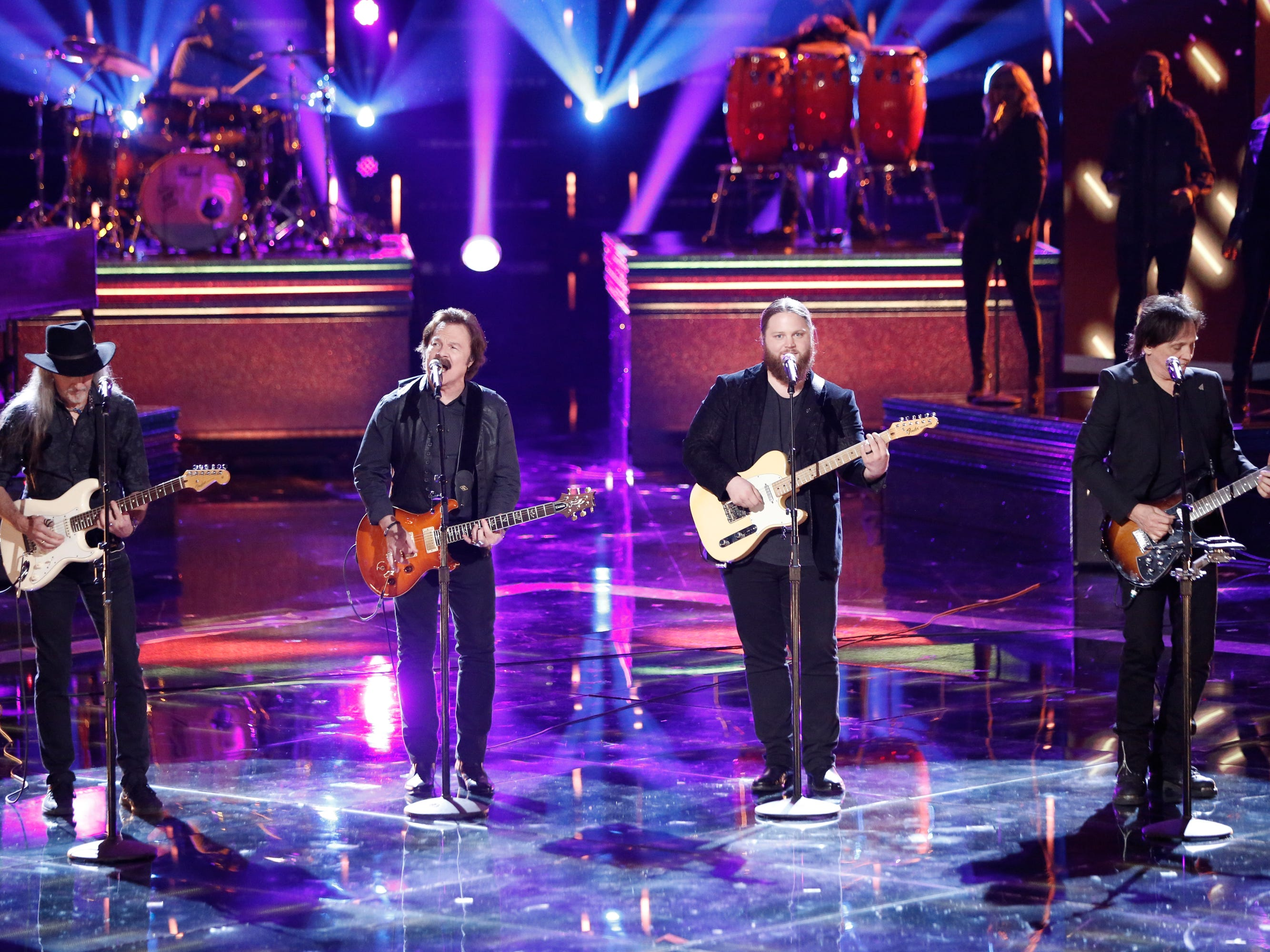 """Chris Kroeze got to do an encore performance of season highlight """"Long Train Runnin'"""" during """"The Voice"""" finale Dec. 18, this time with the classic rock band behind the song, the Doobie Brothers."""