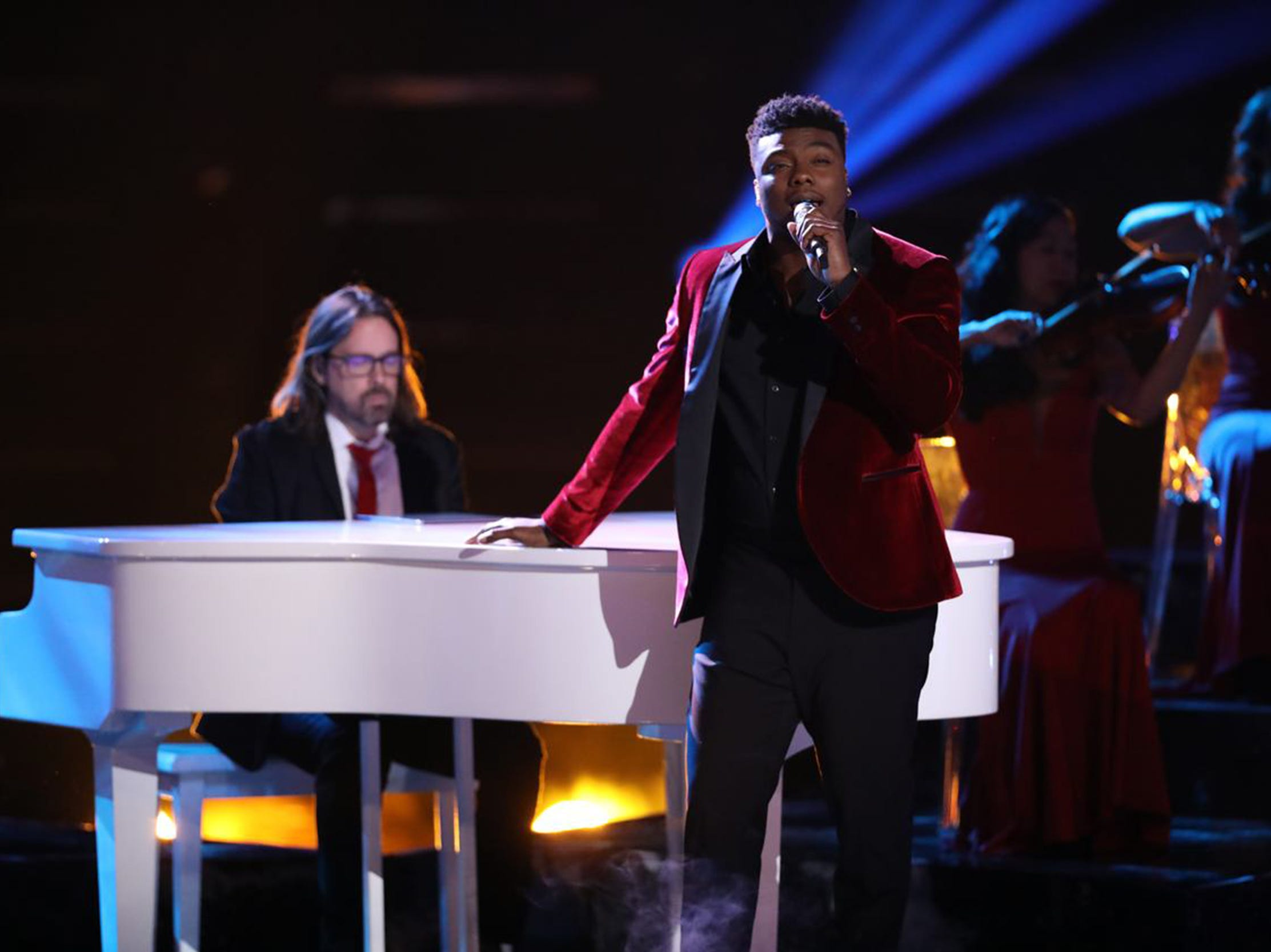 "Montgomery resident and Bay Minette native Kirk Jay performs ""I Won't Let Go"" Monday during part 1 of the season 15 finale of NBC's ""The Voice."""