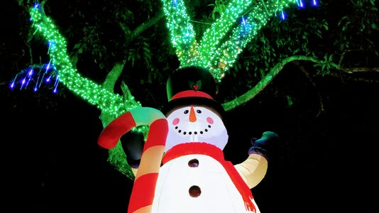 Best Kept Secret Paxton Christmas Light Display