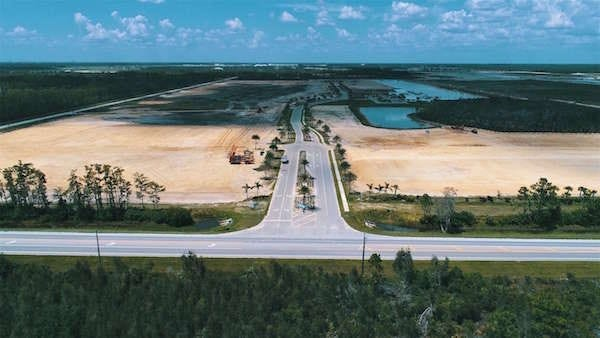 Alico ITEC Park is part of the 3.075-million-square-foot industrial space in the northeast quadrant of the Alico Road/Ben Hill Griffin Parkway corridor.