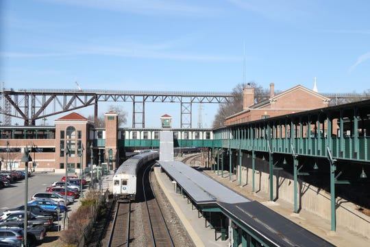 Exterior: Metro-North Fares To Increase For Dutchess Riders