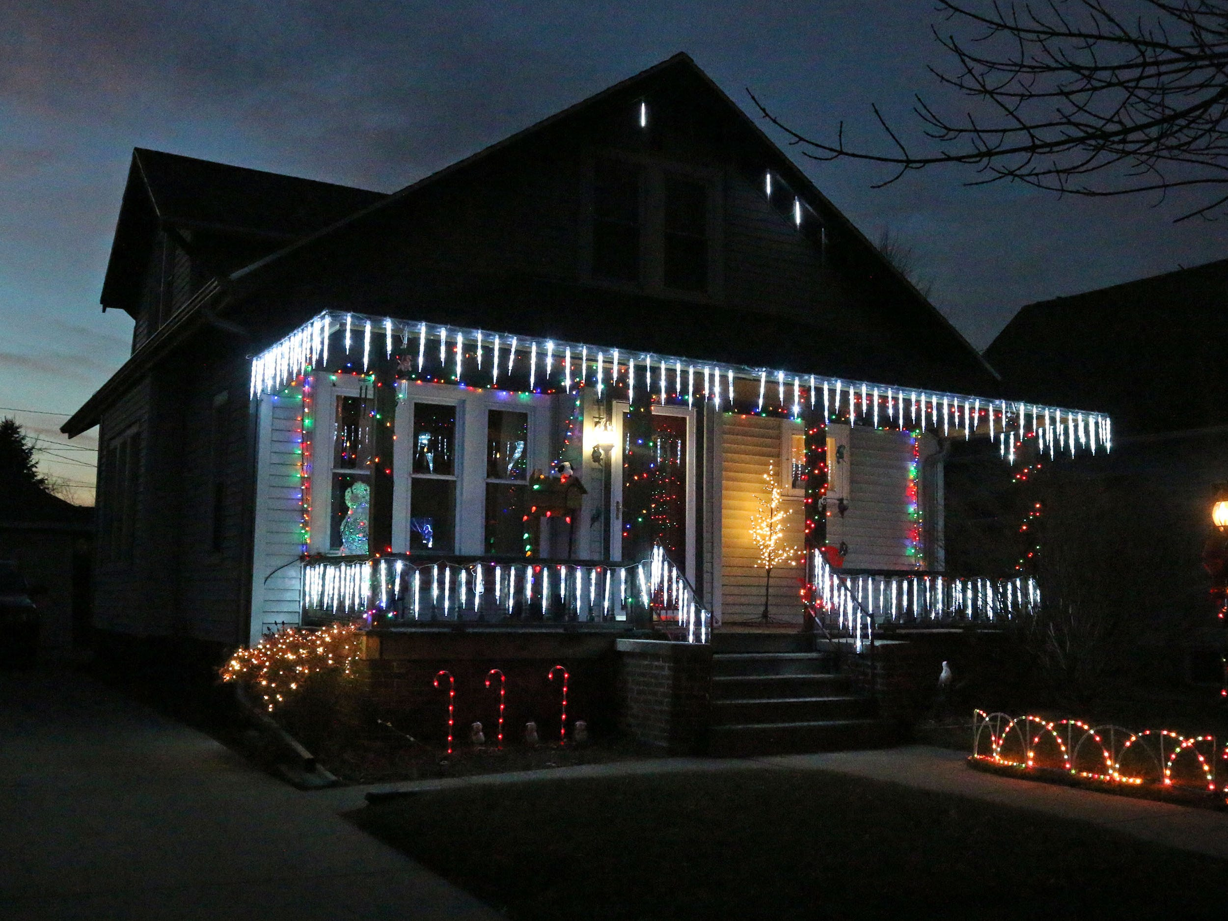 A home features icicle on North 1st Street, Tuesday, December 18, 2108, in Sheboygan, Wis.