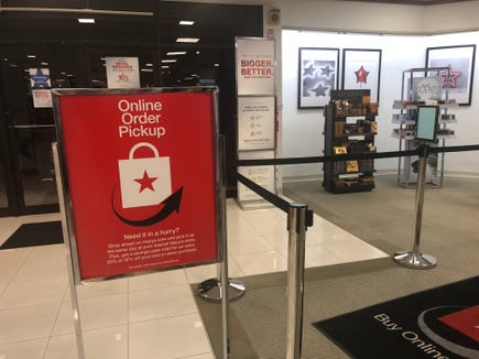 Macy's offers online order pickup on Christmas Eve.