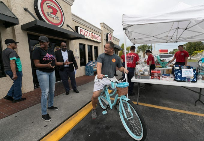 big apple pizza fundraiser for 5 victims in fort pierce fiery crash