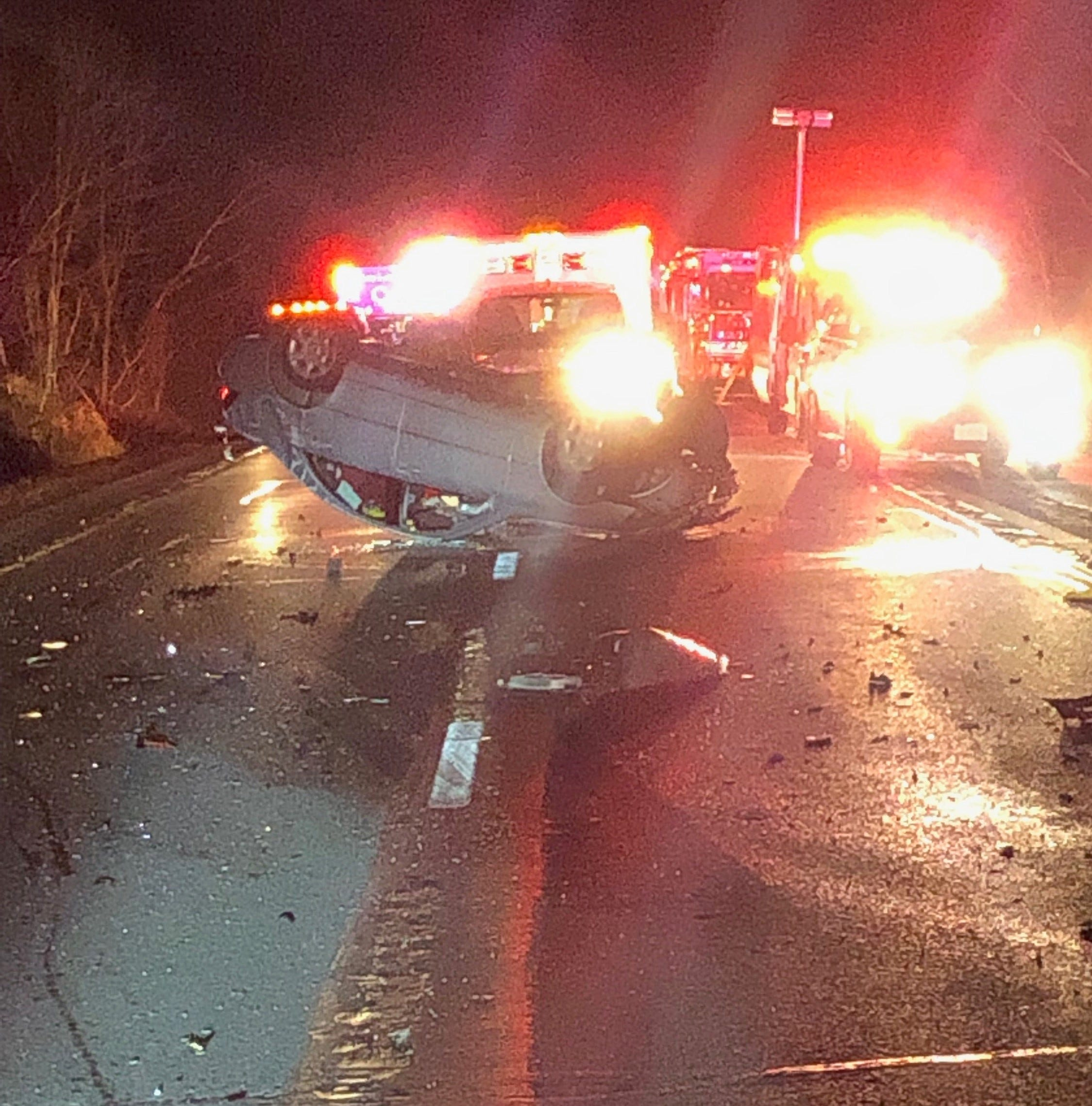 Police investigating multi-vehicle crash on I-84 east in Kent