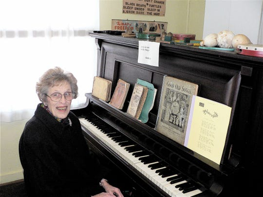 Cleo could play the piano thus adding to the carol singing at the program.
