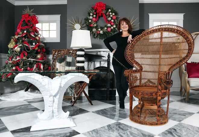 Missy McDonald operates The Painted Cottage out of her home near Norwich. She has a variety of passions, including interior design, antique furniture and painting.