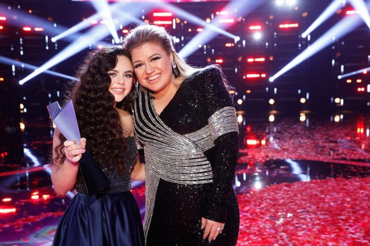 6b11d1c4 19f6 438b 8824 c2af8539a33a NUP 185208 4100 - Why Chevel Shepherds Voice victory made coach Kelly Clarkson cry - USA TODAY