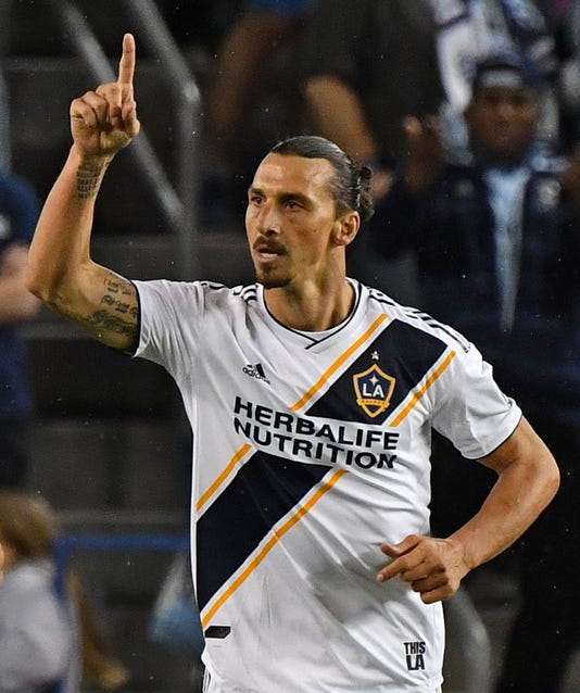 on sale 37b0a 33ac0 Zlatan Ibrahimovic: LA Galaxy re-signs flamboyant Swedish ...