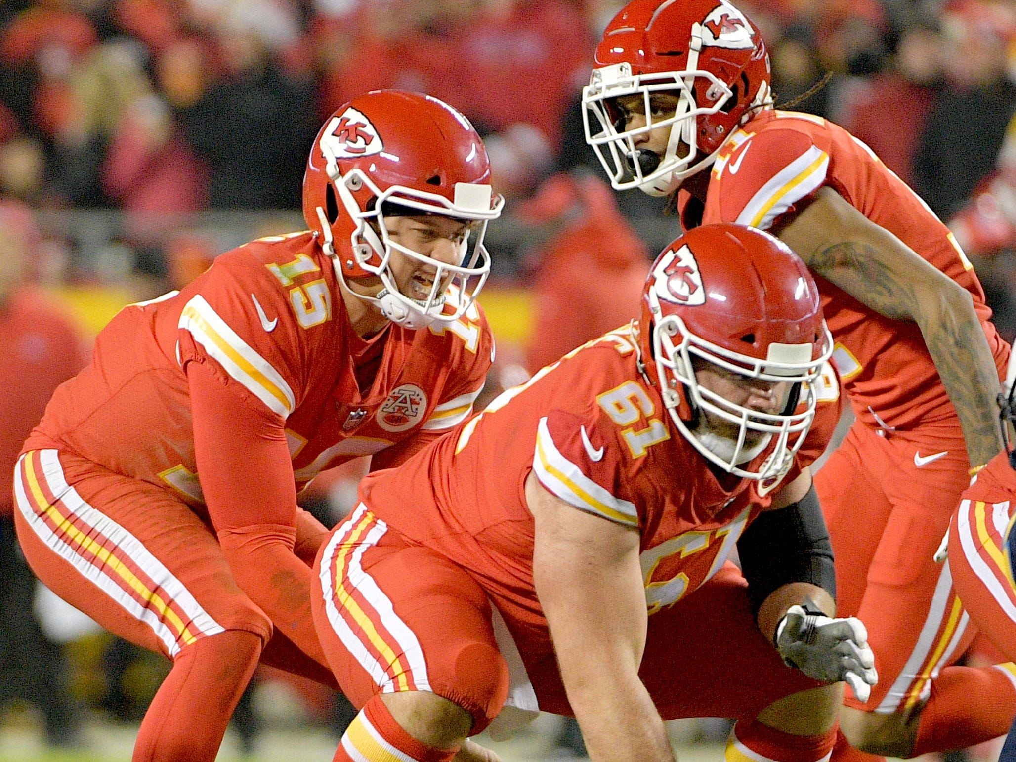 Patrick Mahomes (15) and the Chiefs could have home-field advantage in the AFC once Sunday night is over. And maybe not.