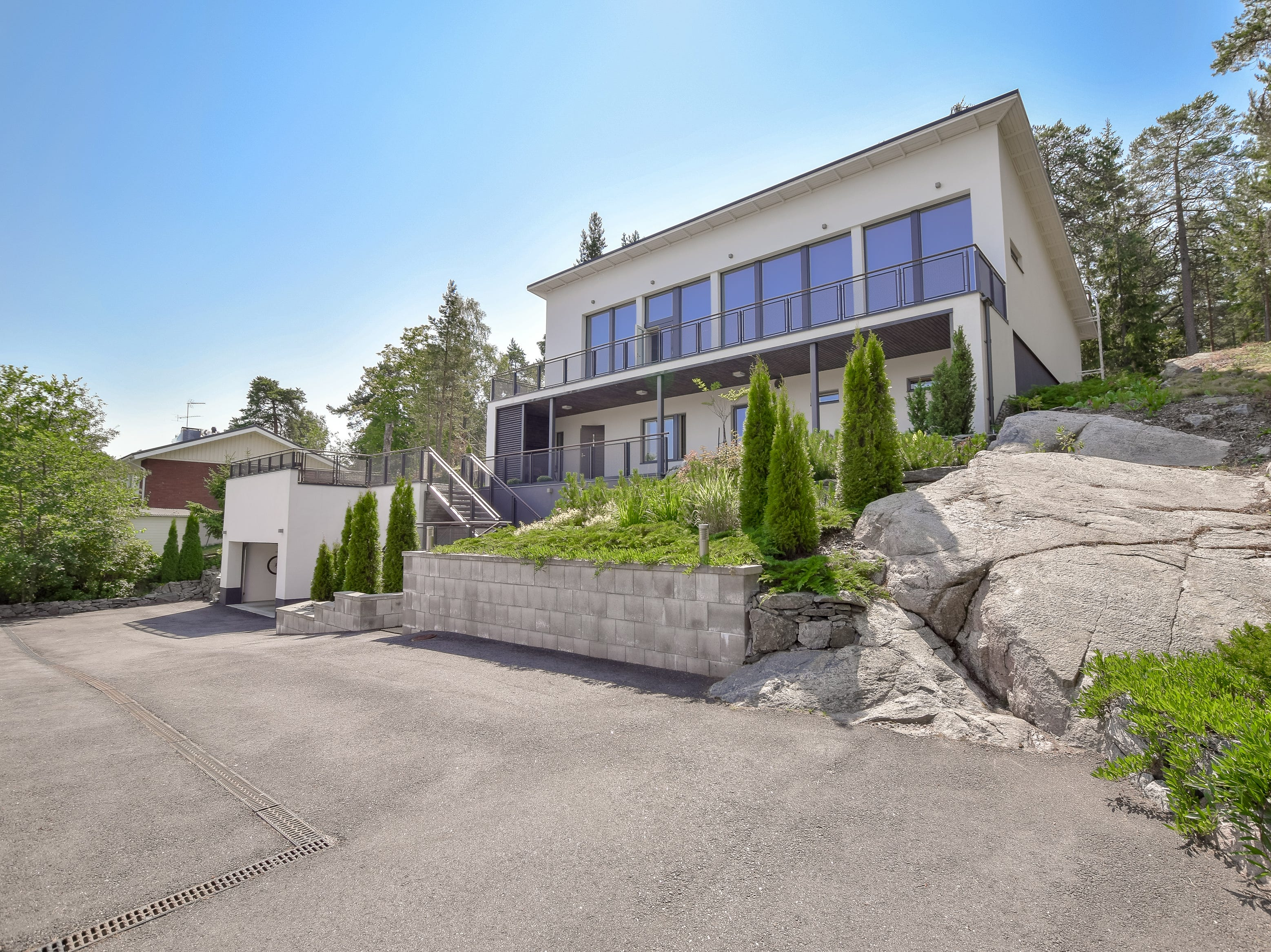 For $1.9 million, buyers can have this modern villa.