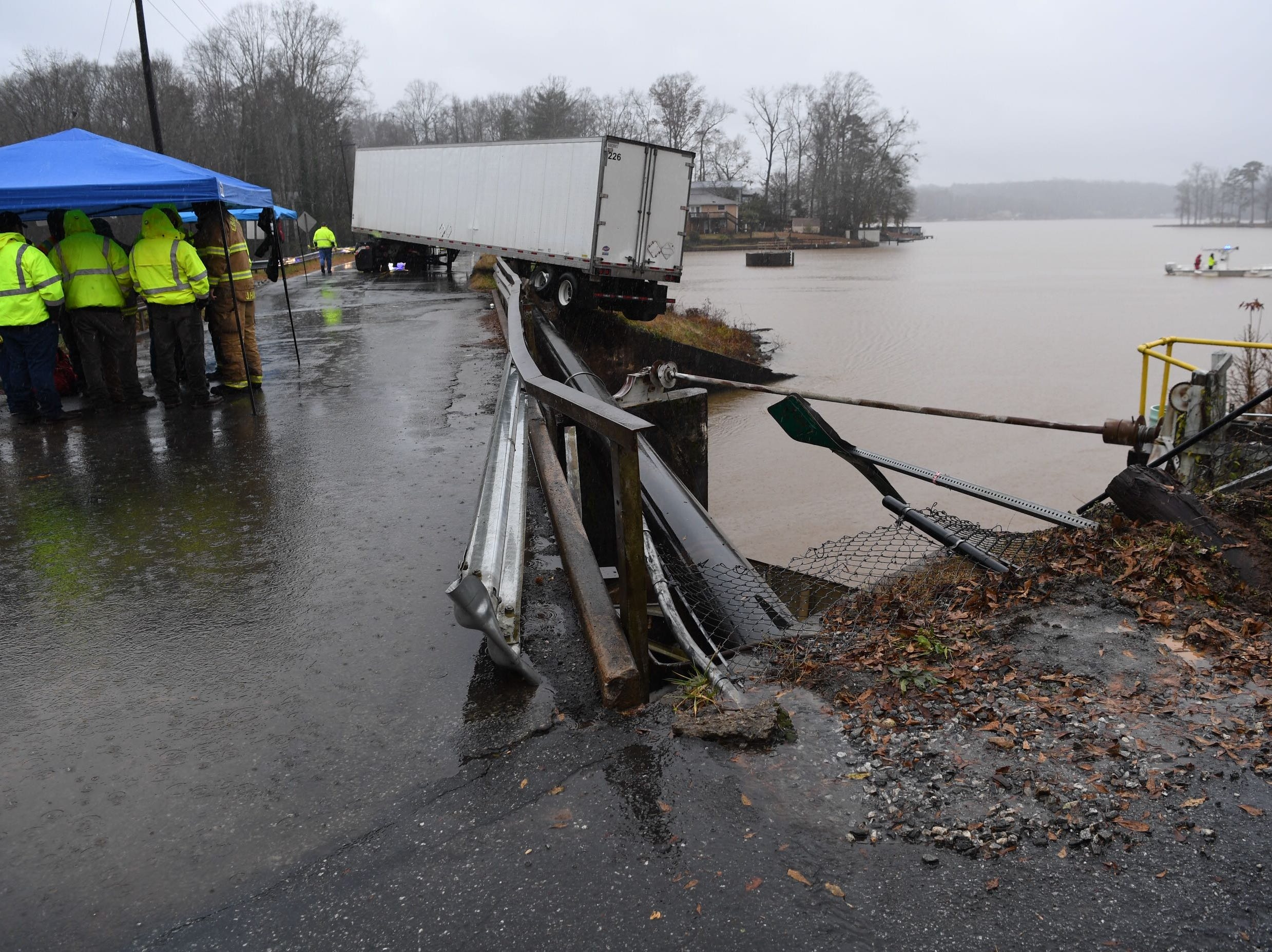 The rear of an 18-wheeler went off the road at Broadway Lake Bridge in Anderson County on Thursday, Dec. 20, 2018.
