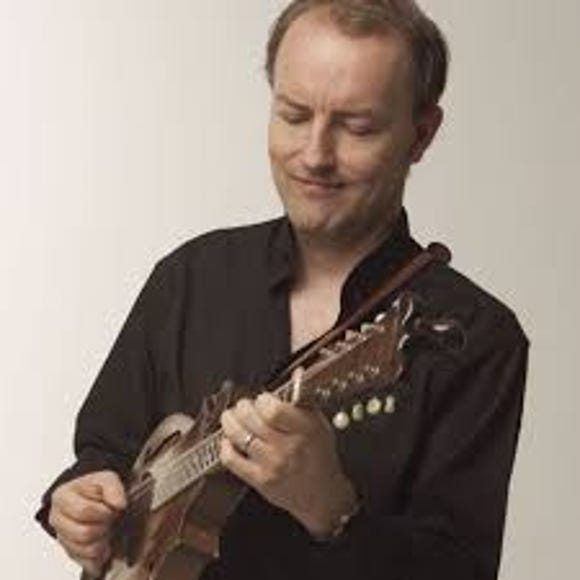 Mandolinist Jeff Midkiff joins the Carpe Diem String Quartet for concerts July 5, 6 and 7.